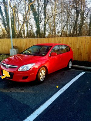 Hyundai Elantra Hatchback 2012 for Sale in Bristow, VA