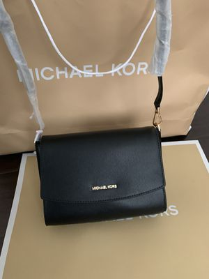 Brand new!!! 💯Real!!! Michael kors black crossbody purse for Sale in Chino Hills, CA