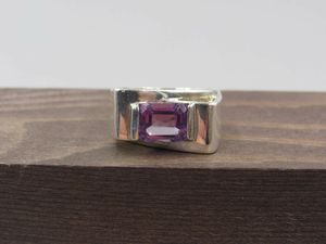 Size 8 Sterling Silver Odd Style Amethyst Gemstone Band Ring Vintage Statement Engagement Wedding Promise Anniversary Cocktail Friendship for Sale in Lynnwood, WA
