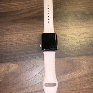 Apple Watch Series 3 - 38mm Rose Gold W/ Band And Charger for Sale in Mount Pleasant, SC