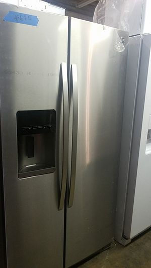 Kenmore side by side refrigerator brand new scratch and dent for Sale in Baltimore, MD