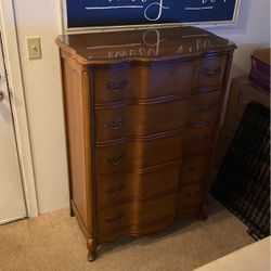 Antique dresser for Sale in Federal Way,  WA