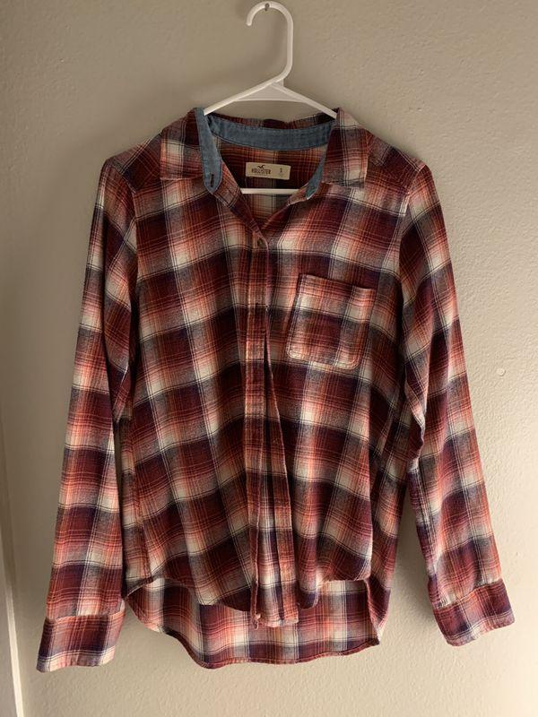 Hollister button up shirt size small women