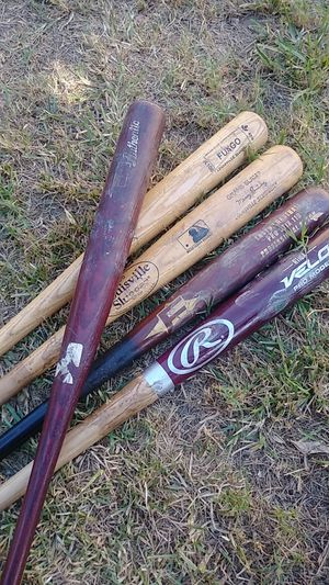 5 Wooden bats Game Used craft lot for Sale in Huntington Park, CA