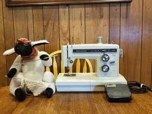 Vintage Kenmore Mod. #158 17600 for Sale in Tigard, OR