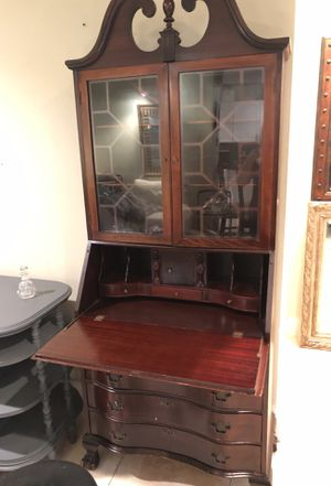 Fantastic vintage secretary desk for Sale in Oakland Park, FL
