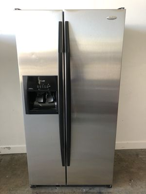 "36"" counter depth refrigerator nevera refrigerador fridge stainless steel Whirlpool. good condition we fix .warranty for Sale in Doral, FL"
