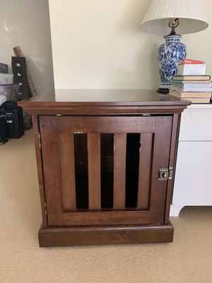 Wood Dog Crate (also serves as an end table!) for Sale in Los Angeles, CA