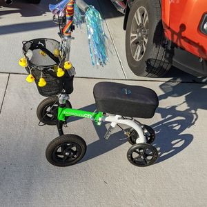 Knee Scooter - Bling for Sale in Palm Harbor, FL