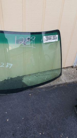 02 Honda Windshield for Sale in Stonecrest, GA