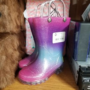 Western Chief Girls Size 5 Light Up Rain Boots for Sale in Duluth, GA