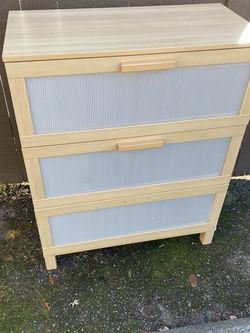 FREE IKEA DRESSER- Must Pick Up By 7pm Today (Monday) for Sale in Seattle,  WA