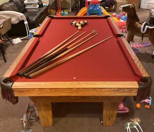 Olhausen 8foot pool table for Sale in Clarence Center, NY