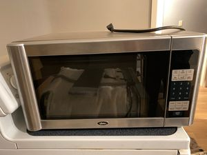 Oster microwave for Sale in Bothell, WA
