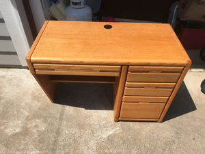 Office desk great for kids or small room all natural wood for Sale in Oregon City, OR