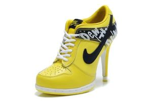 Yellow Nike High Heel Size 6.5 for Sale in San Diego, CA