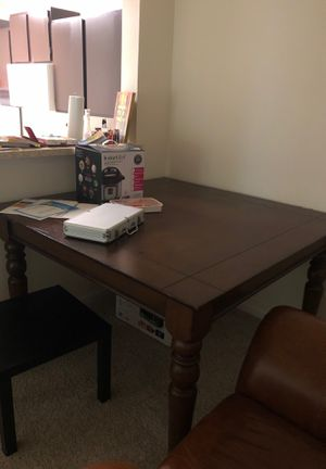 Table for Sale in Silver Spring, MD