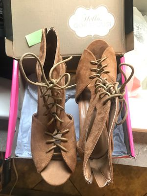 Size 10 for Sale in Midland, TX
