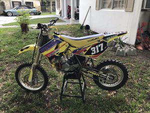 2006 suzuki 85cc starts on first or second kick clean motor good tires and very fast bike selling for 1,500 or looking to trade for jetski for Sale in Titusville, FL