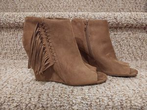 New Women's Size 8 Indigo Wedge Shoe Boots with Fringe Sides & Full Side Zipper for Sale in Woodbridge, VA