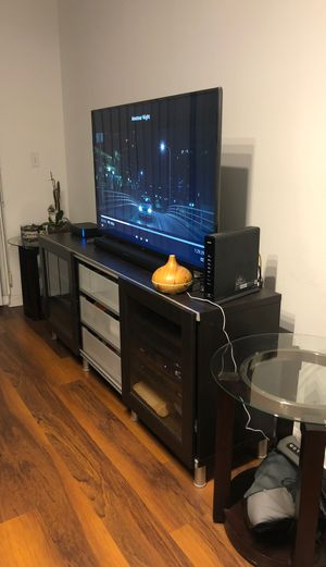 Entertainment Stand with Tables 71 width x 17 length x 29 height for Sale in Miami, FL
