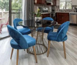 Glass top dinning table for Sale in San Jose, CA