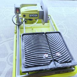 Ryobi 7 in Tabletop Wet Tile Ceramic Saw for Sale in Auburn,  WA