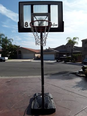 Basketball hoop for Sale in Lake Elsinore, CA