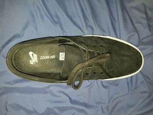 Like new Suede black nike size 13 casual shoes janoski sb for Sale in Phoenix, AZ