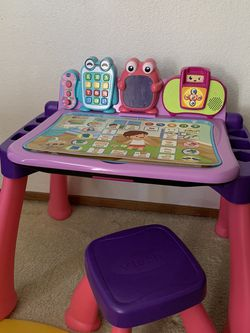 Clearing Table For Toddler for Sale in Salinas,  CA