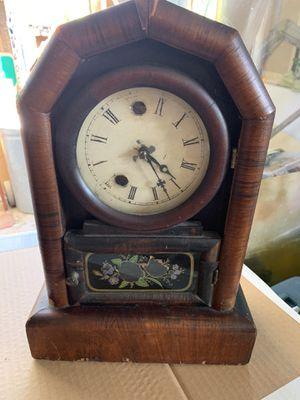 Antique mantel clock for Sale in Garden Grove, CA