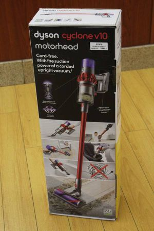 Dyson cyclone V10 Motorhead vacuum wireless for Sale in Warm Springs, OR