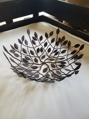 Metal bowl (vine and leaf design) NEW for Sale in Columbus, OH