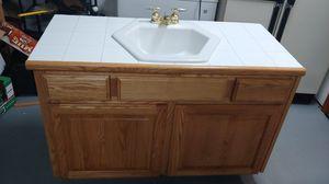 Retro bathroom counter for Sale in Gresham, OR