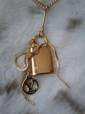 Fashion designer necklace for Sale in Montebello, CA