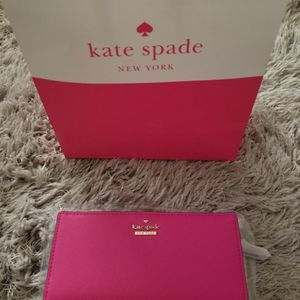 Kate Spade Peony Pink Wallet for Sale in Fontana, CA