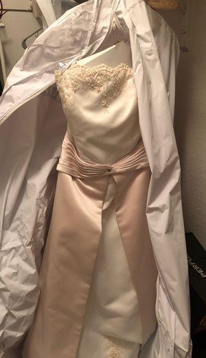 Wedding dress for Sale in Arlington, TX