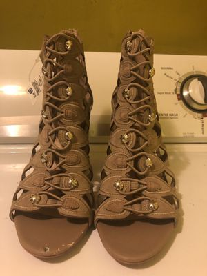 Women dress shoes size 8.5 brand new never used for Sale in La Vergne, TN