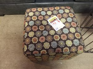 Decorative Ottoman for Sale in Scottsdale, AZ