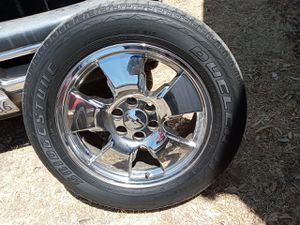 """6 lugs chevy 22"""" 6lugs 20"""" 450 and 400 for Sale in West Sacramento, CA"""