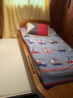 Pottery Barn Boat Themed Bed, Twin with Trundle for Sale in Manassas,  VA