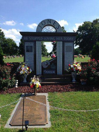 Cemetery Plots @ Woodlawn Cemetery Nashville