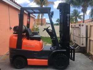 Forklift toyota for Sale in Miami Lakes, FL