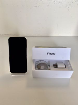 iPhone X (Like New) - Factory Unlocked + Box & Accessories for Sale in Alexandria, VA