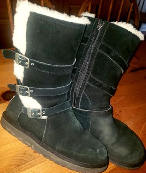 Ugg Black 3 Buckle Tall Boot sz6 for Sale in Pennsauken Township, NJ