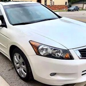 2010 Honda Accord White for Sale in Aurora, CO