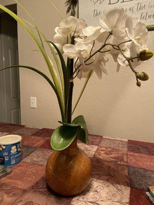 Decorative vase for Sale in Fontana, CA