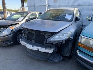 08 Mazda CX-9 low miles FOR PARTS for Sale in Los Angeles, CA