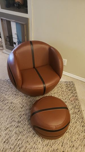 Kids basketball chair and footstool for Sale in Keizer, OR