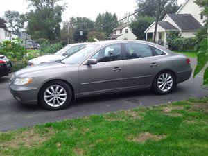 2006 Hyundai Azera for Sale in FSTRVL TRVOSE, PA